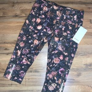 """NWT Lululemon Fast And Free Crop 19"""""""